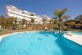 702591 - Apartment for sale in Elviria Playa, Marbella, Málaga, Spain