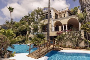 Villa for sale in El Madroñal, Benahavís, Málaga, Spain