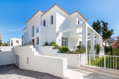 782263 - Villa For sale in Cortijo Blanco, Marbella, Málaga, Spain