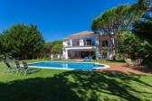 8 bedroom exclusive villa in Hacienda Las Chapas (Marbella East)