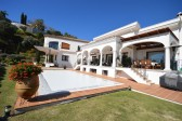 480MVR - Villa for sale in El Herrojo Alto, Benahavís, Málaga, Spain