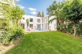 738MVR - Villa for sale in Nueva Andalucía, Marbella, Málaga, Spain