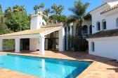 Beautifull spacious villa in a prestige area!