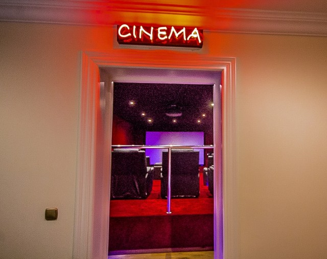 CSP-V1634_12_Cinema room (1)