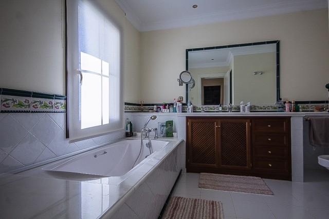 CSP-V1634_18_Bathroom  (4)