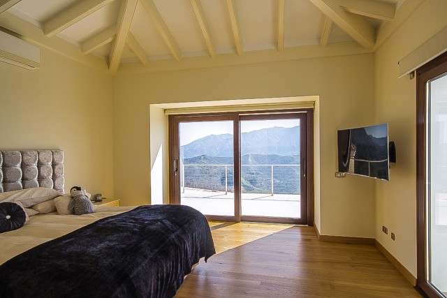 CSP-V1634_21_Bedroom