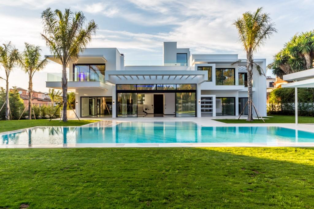 Property - pool - garden