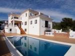 1325 pool villa (Medium)