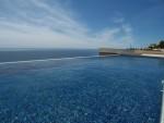 1053 pool sea (Medium)