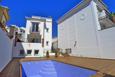 783106 - Villa For sale in Nerja, Málaga, Spain