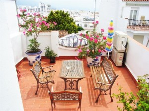 784568 - Hostal for sale in Nerja, Málaga, Spain