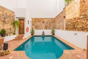 782039 - Hotel For sale in Marbella, Málaga, Spain