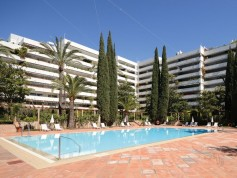 783877 - Apartment for sale in Marbella, Málaga, Spain