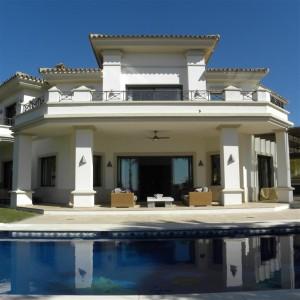 Frontline golf villa for holiday rental in Los Arqueros Golf & Country Club