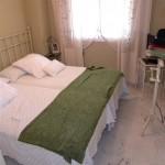 guest bed (Medium)