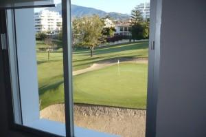 Frontline golf apartment in Guadalmina Alta