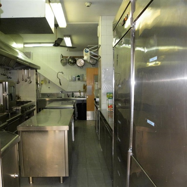 kitchen 4 (Medium)