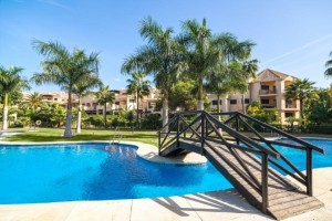 Luxurious apartments in Las Mimosas, Puerto Banus