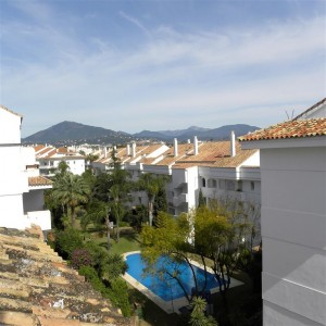 Duplex penthouse in Guadalmina Baja