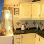 studio kitchen 1 (Medium)