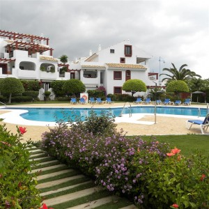South facing apartment beachside of San Pedro Alcantara
