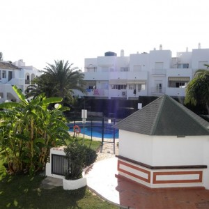 Lovely apartment with facilities on doorstep in El Pilar, New Golden Mile