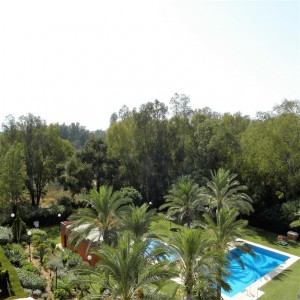 Spacious apartment with sea views in Atalaya