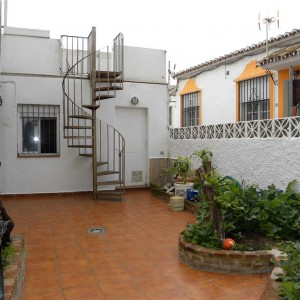 Quaint beachside cottage in El Pirata, New Golden Mile Estepona
