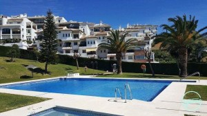 2 bed reformed apartment in Mijas