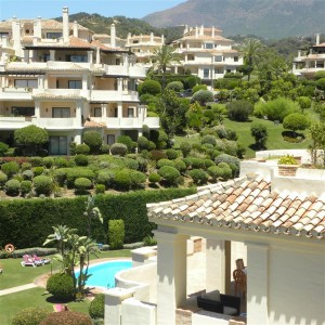 Luxury 2 bed golf apartment in Capanes Del Golf, Benahavis