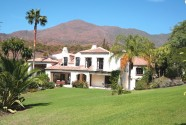 Beautiful country home with business opportunity in Casares
