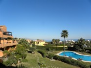 Modern 2 bed apartment with stunning sea views in Casares