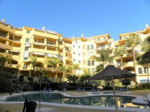 Immaculate 3 bed apartment beachside of San Pedro Alcantara