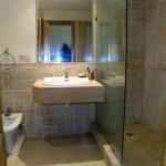 bath 4 (Medium)