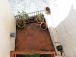 17 guest terrace