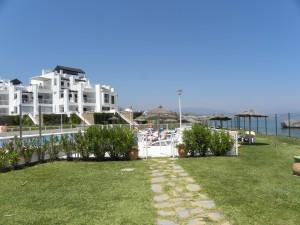 Contemporary beachfront apartment in Casares Del Mar