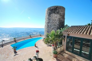 Unique frontline beach property in Mijas-Costa