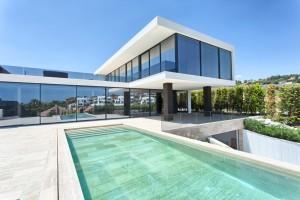 New top quality contemporary style villa in Nueva Andalucia
