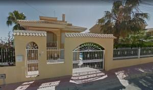 Вилла на продажу in San Miguel de Salinas, Alicante, Испания