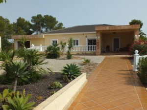 Вилла на продажу in Campoamor, Orihuela, Alicante, Испания