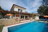 746381 - Detached Villa for sale in El Pilar, Estepona, Málaga, Spain