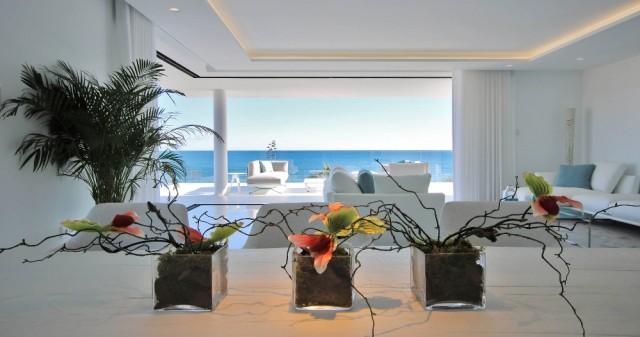 Amazing, Beachfront ´Smart´ Apartment For Sale, Beachfront location. Estepona.  (40)