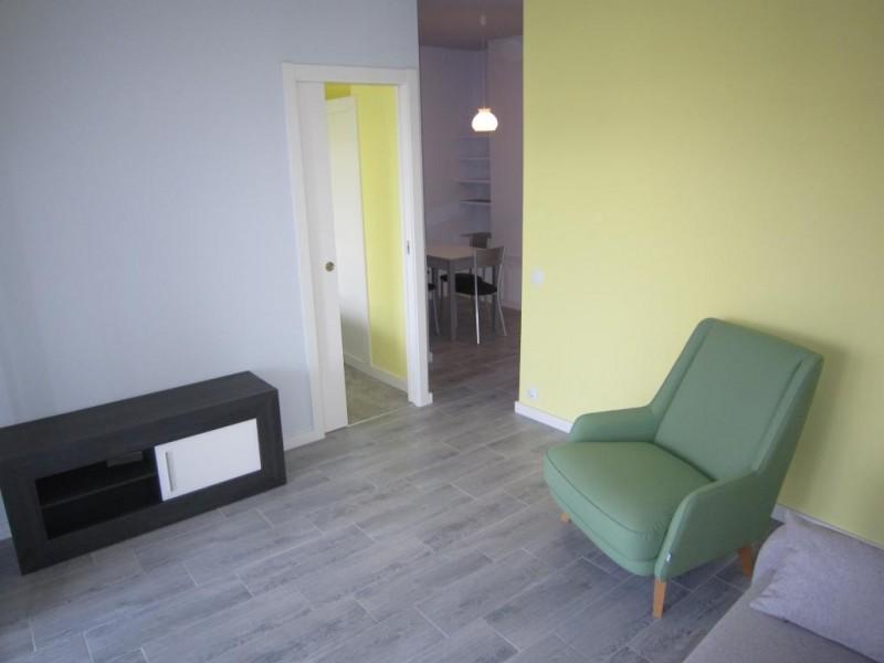 mini_Reformed converted studio apartment Paradise Club  (4)