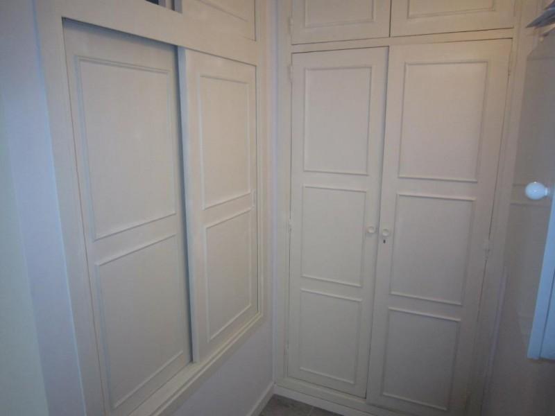 mini_Reformed converted studio apartment Paradise Club  (11)