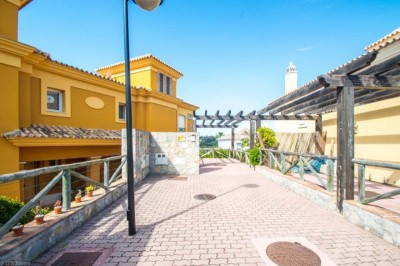 784712 - Villa For sale in Santa Clara, Marbella, Málaga, Spain