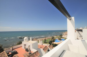 Penthouse Sprzedaż Nieruchomości w Hiszpanii in Calahonda, Mijas, Málaga, Hiszpania