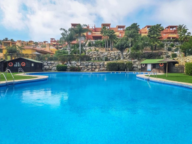 Atico - Penthouse Sprzedaż Nieruchomości w Hiszpanii in La Reserva de Marbella, Marbella, Málaga, Hiszpania
