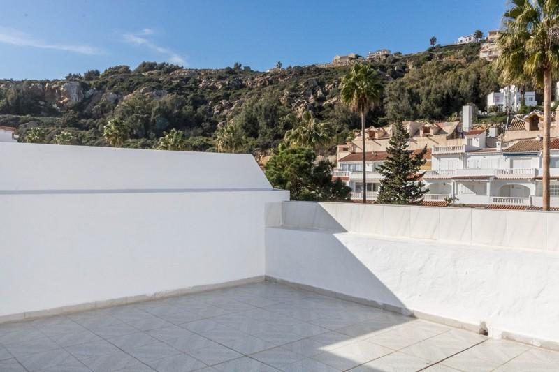 15 Roof terrace