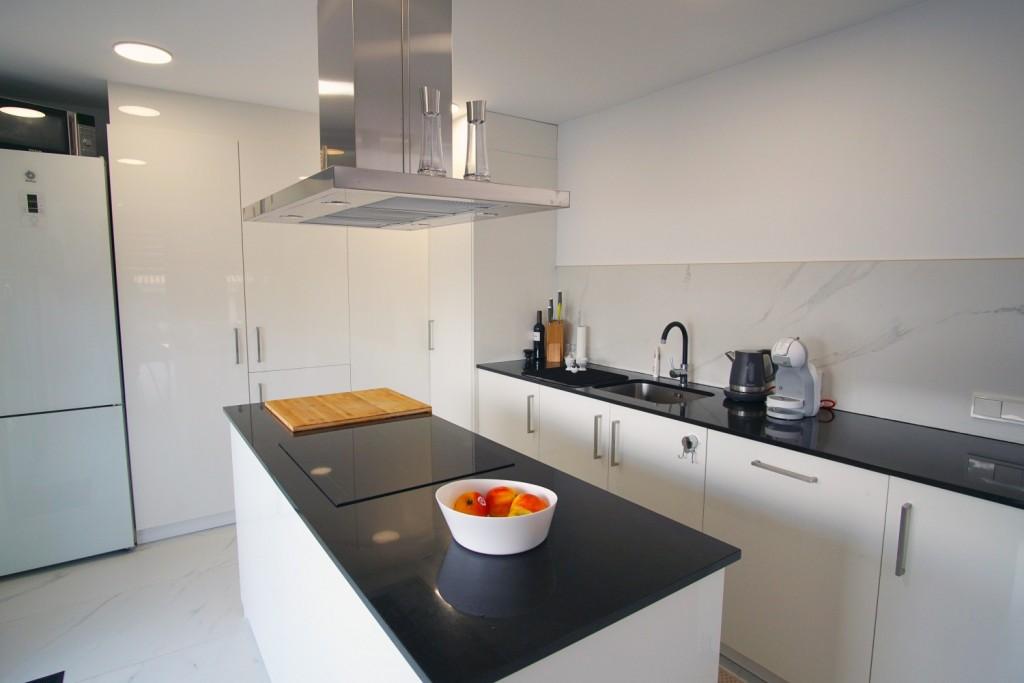 modern-kitchen-bonaire