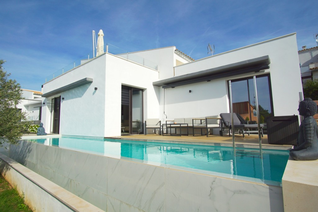 villa-with-pool-bonaire